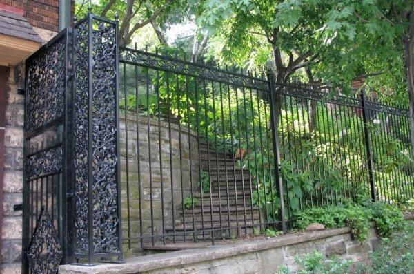 iron-fences-photo-image1