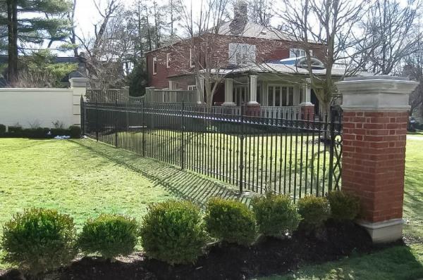 iron-fences-photo-image2